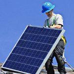 Addetto all'installazione di impianti fotovoltaici